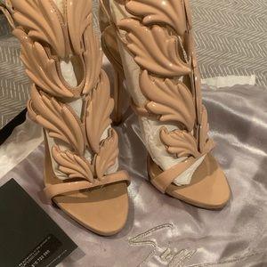 Cruel Summer Giuseppe heels!